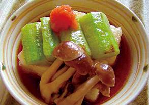 ナーベーラーとピーナツ豆腐の揚げ出しの写真