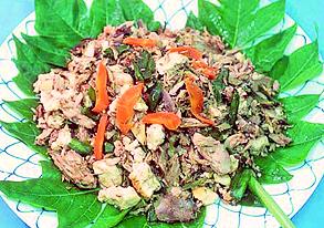ニンニク葉と島豆腐の炒め物の写真
